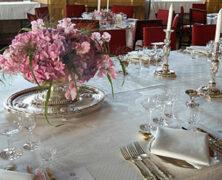 La mesa de los perfectos